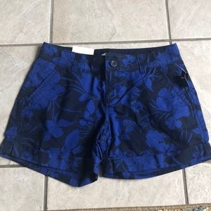 Pants - Old Navy Blue & Navy shorts size 2